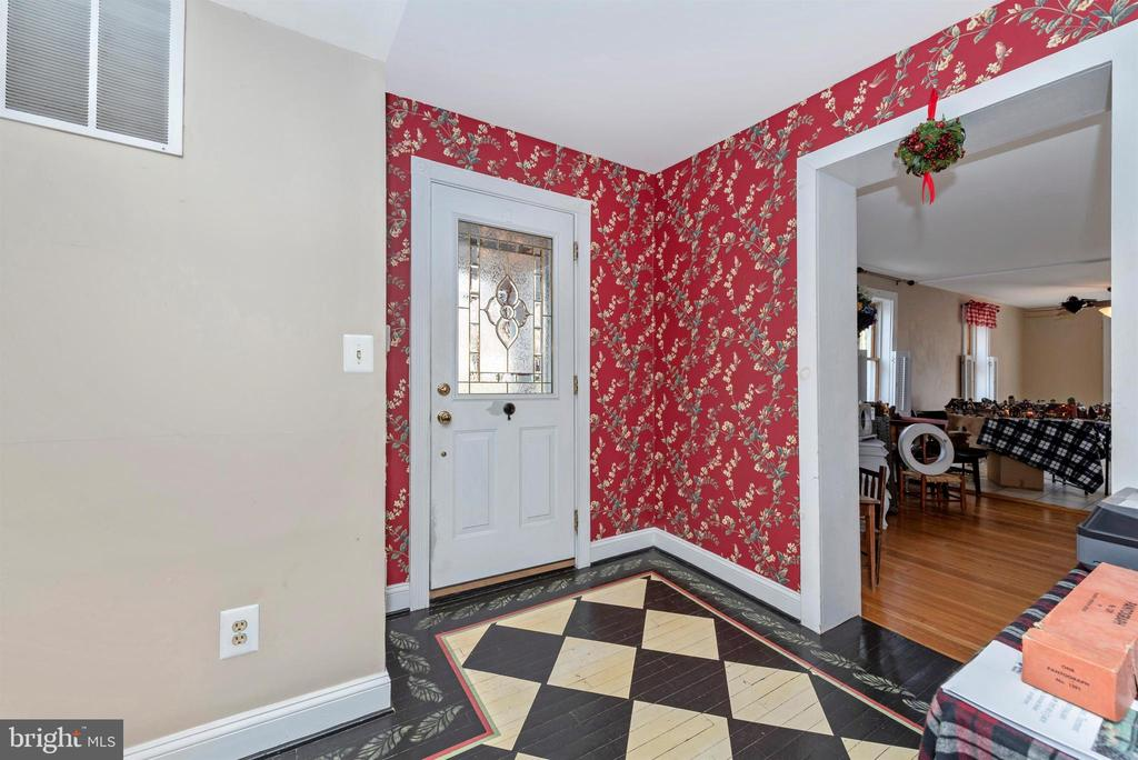 Foyer has fabulous painted floor. - 108 PARK LN, THURMONT