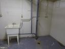 UTILITY SINK IN STORAGE ROOM - 1543 COLONIAL DR #T-1, WOODBRIDGE