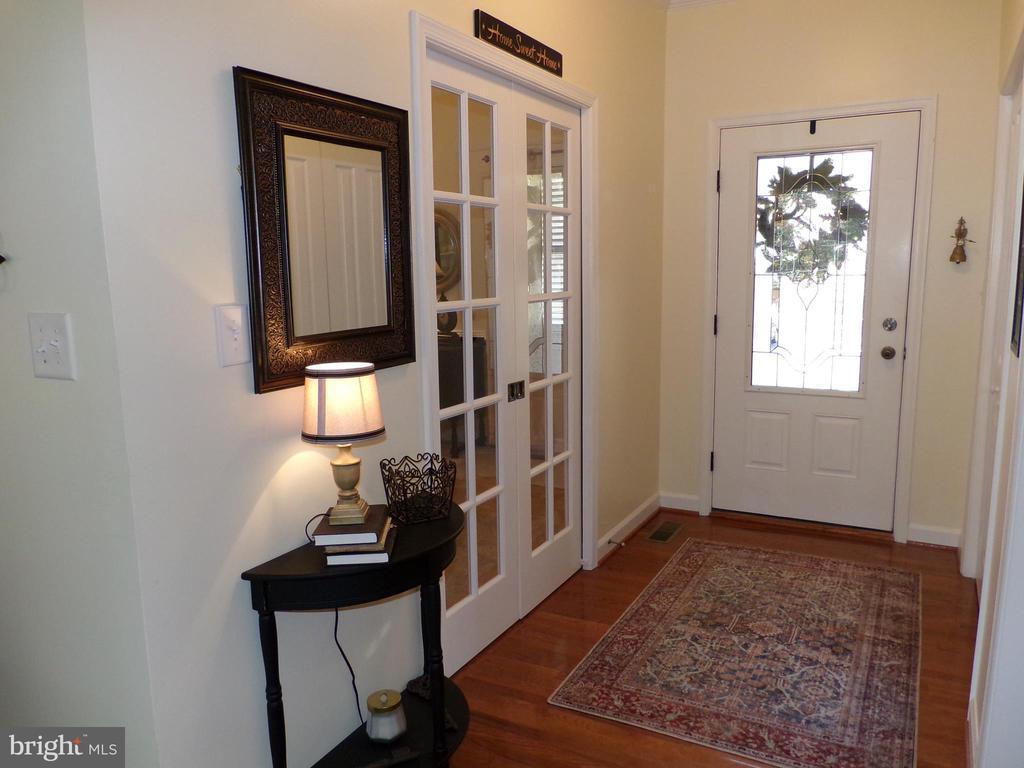 Entrance Foyer - 239 WASHINGTON ST, LOCUST GROVE