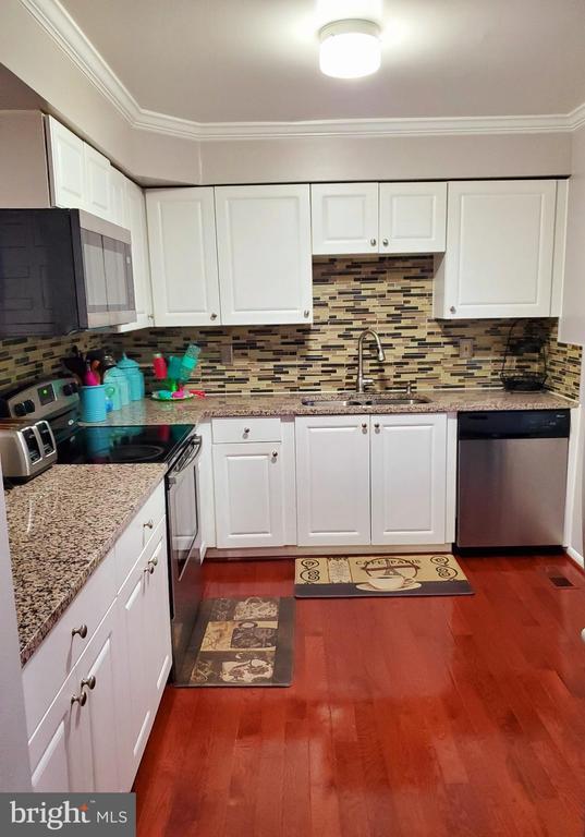 Kitchen - 13006 QUANDER CT, WOODBRIDGE
