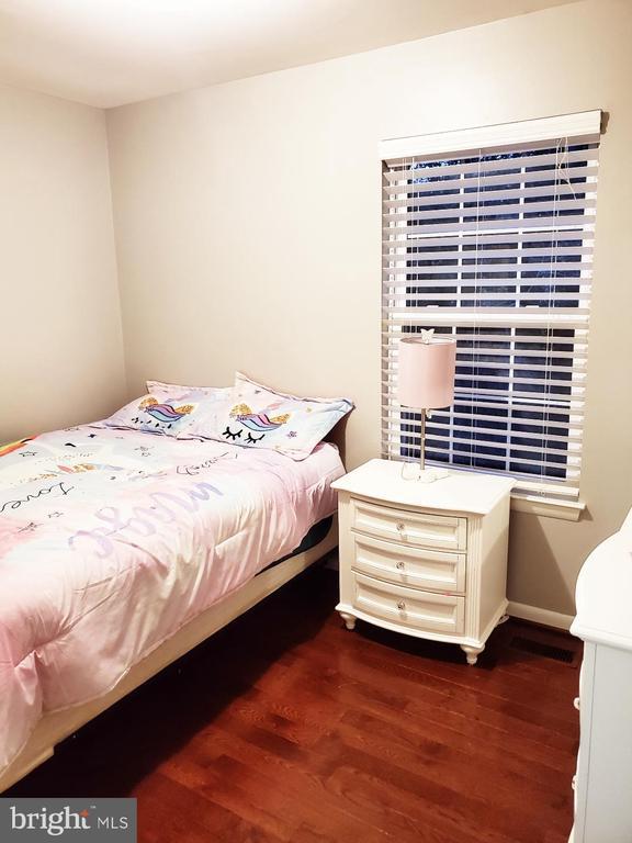 2nd Bedroom - 13006 QUANDER CT, WOODBRIDGE