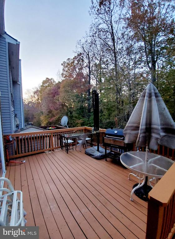 Large deck - Great for Relaxing and Grilling - 13006 QUANDER CT, WOODBRIDGE
