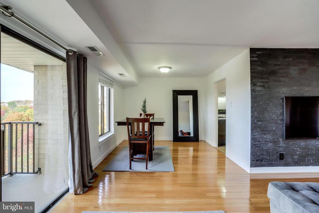 Dining Room - 3100 S MANCHESTER ST #1136, FALLS CHURCH