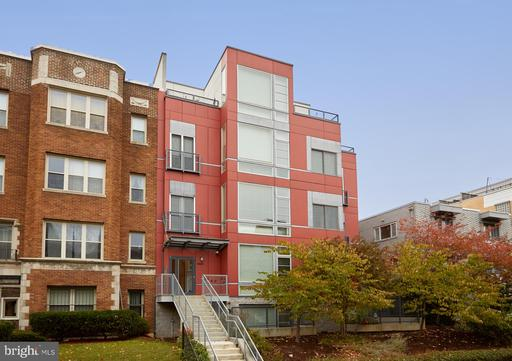 1443 CHAPIN ST NW #302