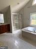 Master Bath - 18538 KERILL RD, TRIANGLE