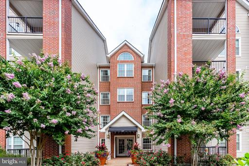 Property for sale at 3307 Wyndham Cir #2162, Alexandria,  Virginia 22302