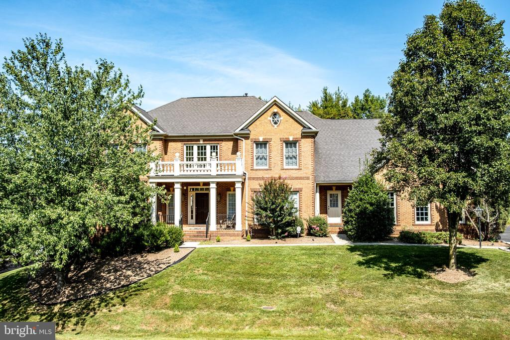Front - 11624 CEDAR CHASE RD, HERNDON
