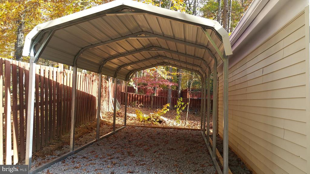 Firewood Shelter - 12519 PURCELL RD, MANASSAS