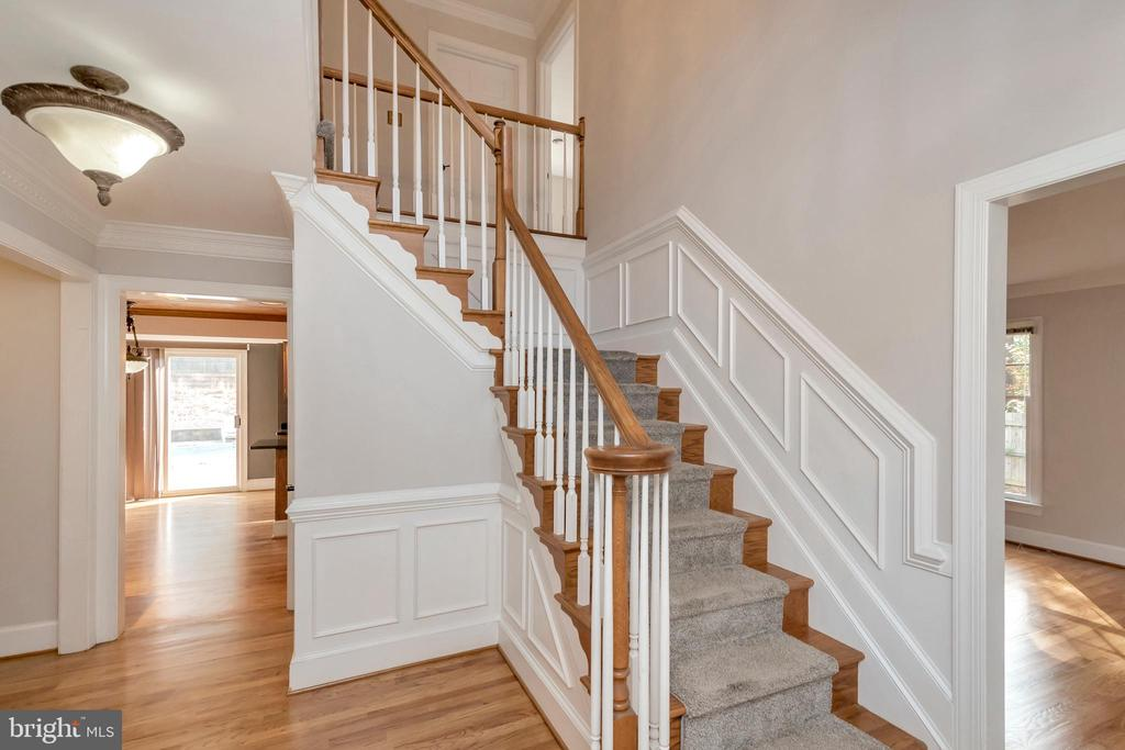 One of two staircases to upper level - 11801 DUCK CIR, SPOTSYLVANIA