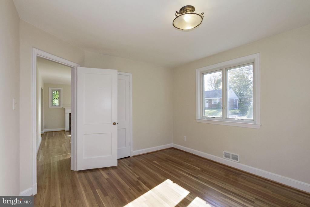 Hardwood flooring - 4603 FRANKLIN ST, KENSINGTON