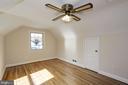 Upper level bedroom with hardwood flooring - 4603 FRANKLIN ST, KENSINGTON