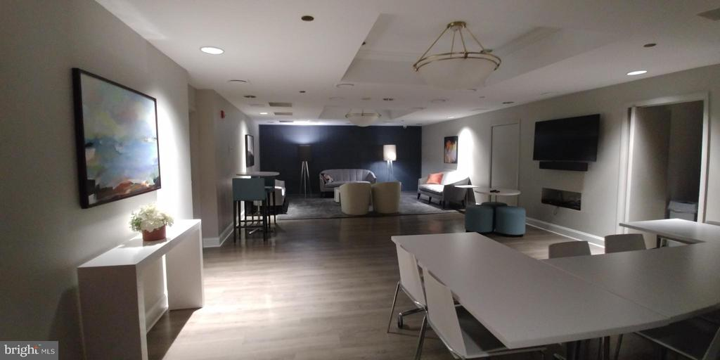 Community room - 1530 KEY BLVD #409, ARLINGTON