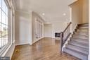 Entertaining room off kitchen, stairs to upper BRs - 23182 HAMPTON OAK TER, ASHBURN