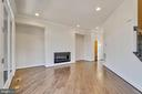 Actual photo- Entertaining rm w/ modern gas FP - 23182 HAMPTON OAK TER, ASHBURN