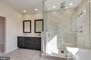Frameless modern rainshower - 23182 HAMPTON OAK TER, ASHBURN