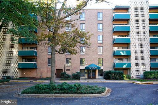 Property for sale at 6143 Leesburg Pike #406, Falls Church,  Virginia 22041