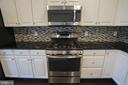 5 Burner Stove! Stainless Steel Upgraded - 22862 LACEY OAK TER, STERLING