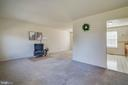 Move easily from one room to next - 85 VISTA WOODS RD, STAFFORD