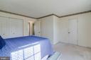 Walk-in closet in master - 85 VISTA WOODS RD, STAFFORD