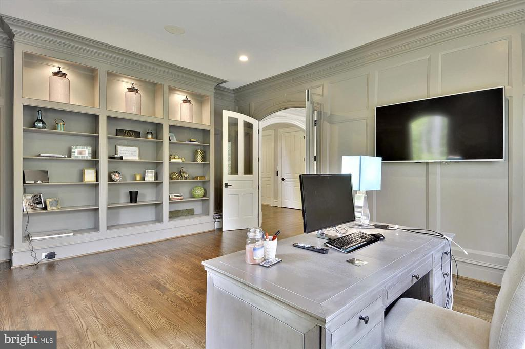 Office/Library with  French Door and Bookshelves - 1070 VISTA DR, MCLEAN