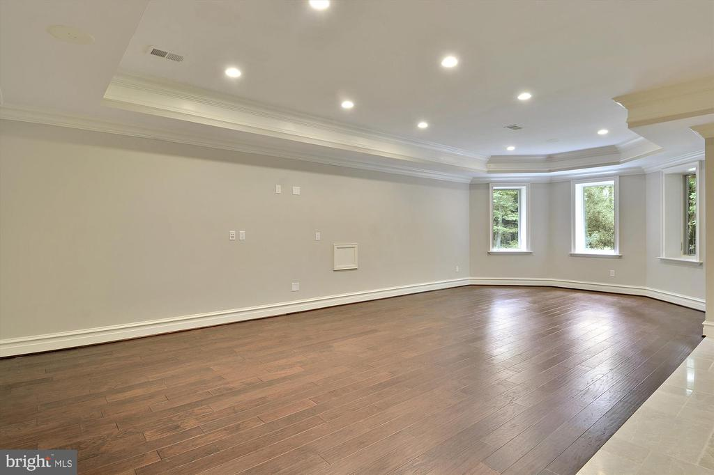 Game Room with cushioned/ padded flooring - 1070 VISTA DR, MCLEAN