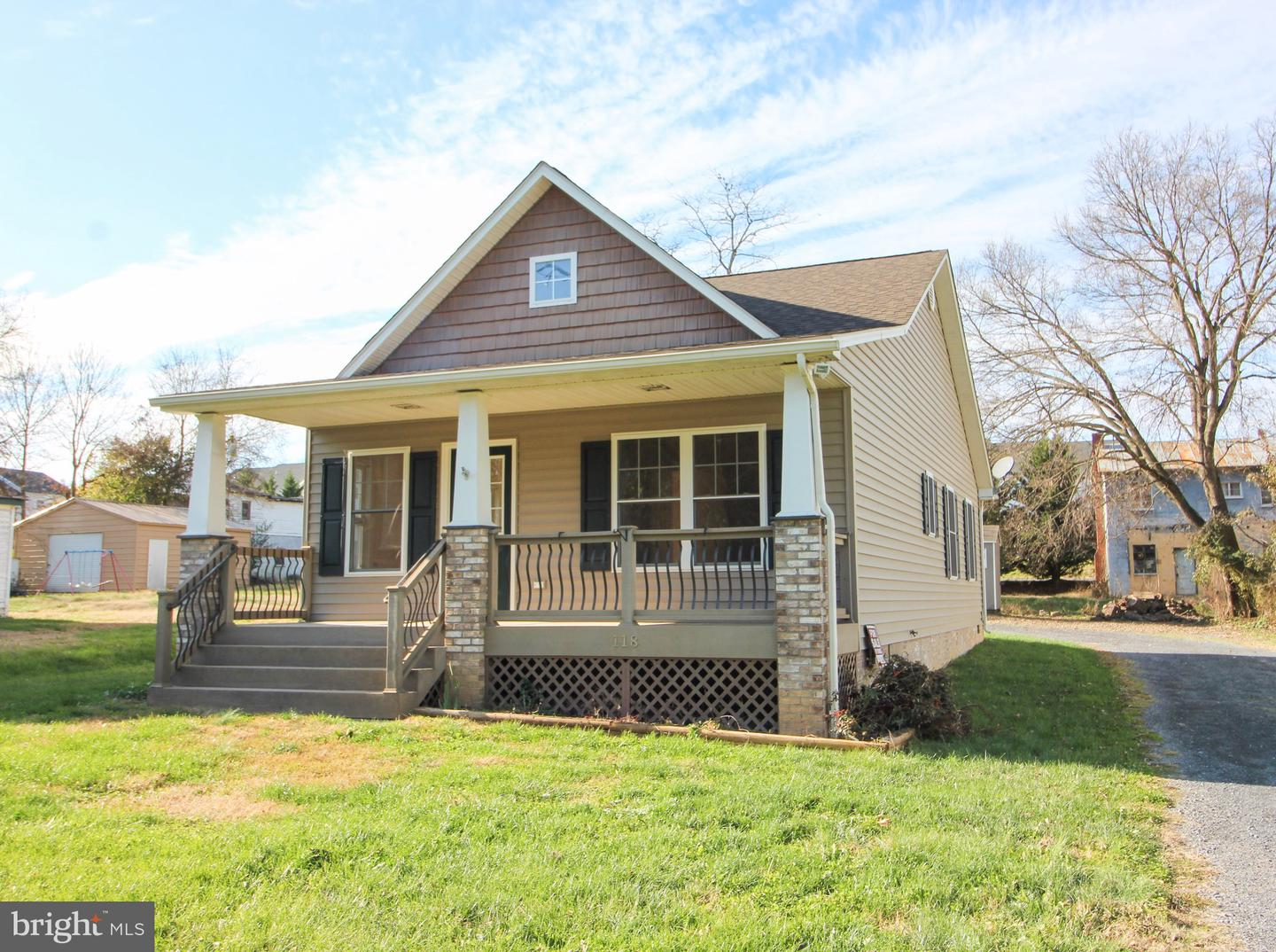 Photo of 118 S WATER ST, WOODSTOCK, VA 22664