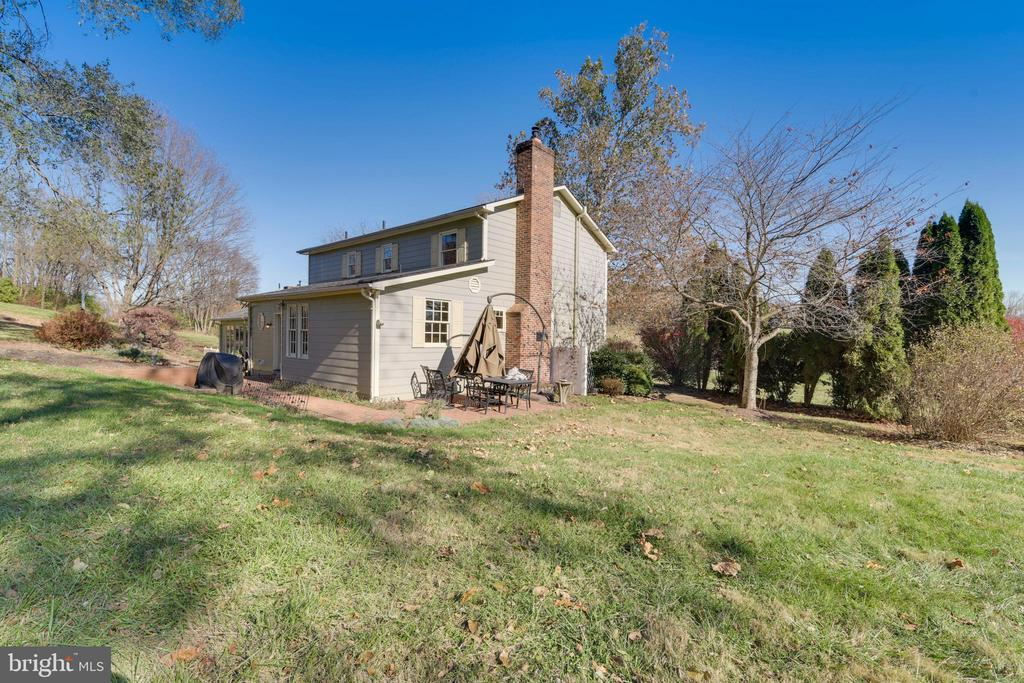 Rear view of the house - 669 APPLE PIE RIDGE RD, WINCHESTER