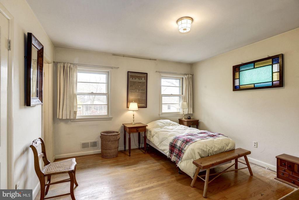 Master Bedroom - 4018 N STAFFORD ST, ARLINGTON