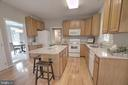 Lots of Cabinet and Counterspace - 12424 SILENT WOLF DR, MANASSAS