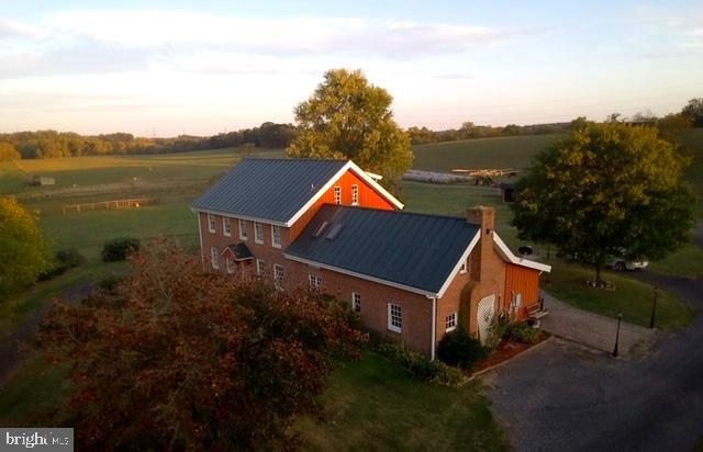 Single Family Homes para Venda às Martinsburg, West Virginia 25405 Estados Unidos