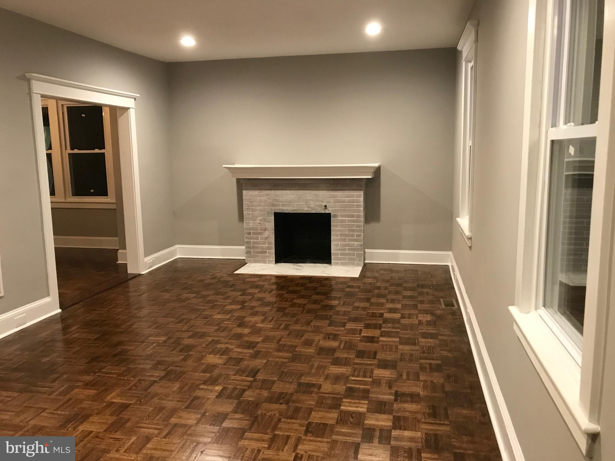 Dining room entrance off family room