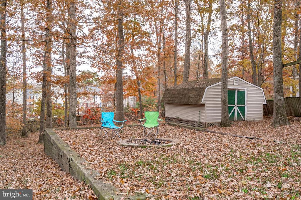 Great size storage shed - 35486 WILDERNESS SHORES WAY, LOCUST GROVE