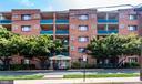 Building Exterior - 1931 N CLEVELAND ST #501, ARLINGTON