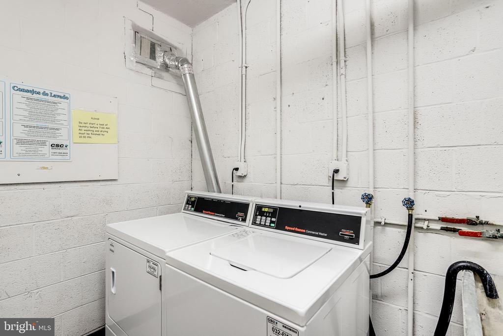 Laundry Room - 1931 N CLEVELAND ST #501, ARLINGTON