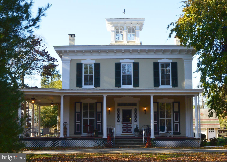 Single Family Homes 為 出售 在 Edgewater Park, 新澤西州 08010 美國