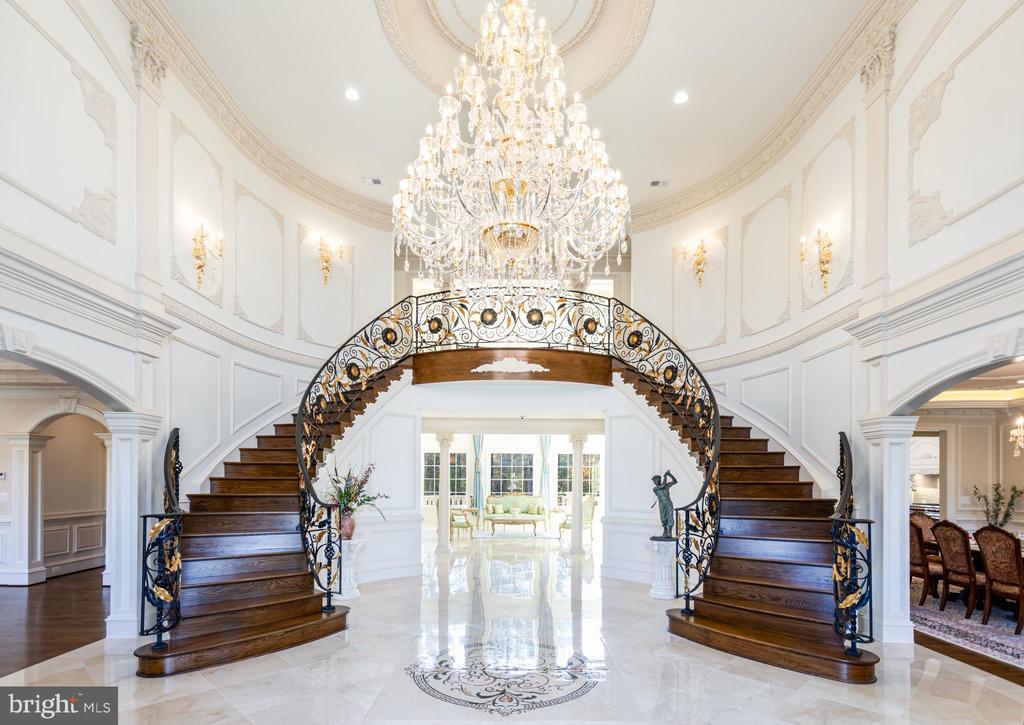 Stately grand foyer w/  custom designed chandelier - 11643 BLUE RIDGE LN, GREAT FALLS