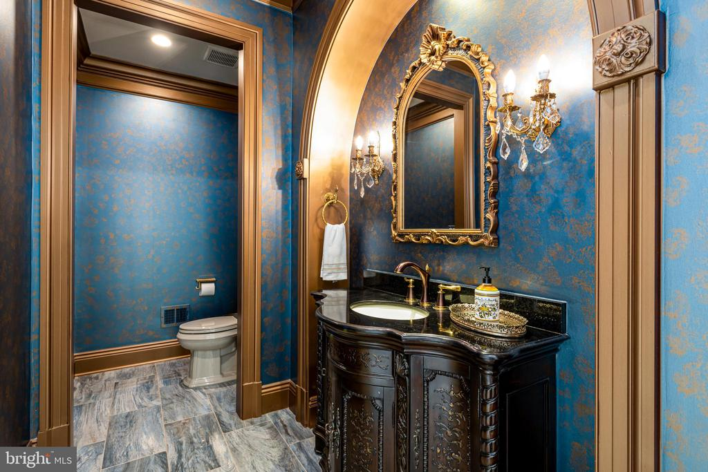 One of four powder rooms. - 11643 BLUE RIDGE LN, GREAT FALLS