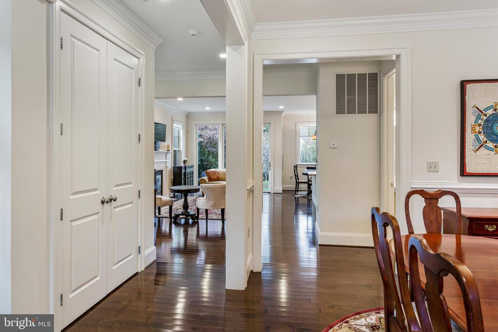 Open Floor Plan - 5119 CATHEDRAL AVE NW, WASHINGTON