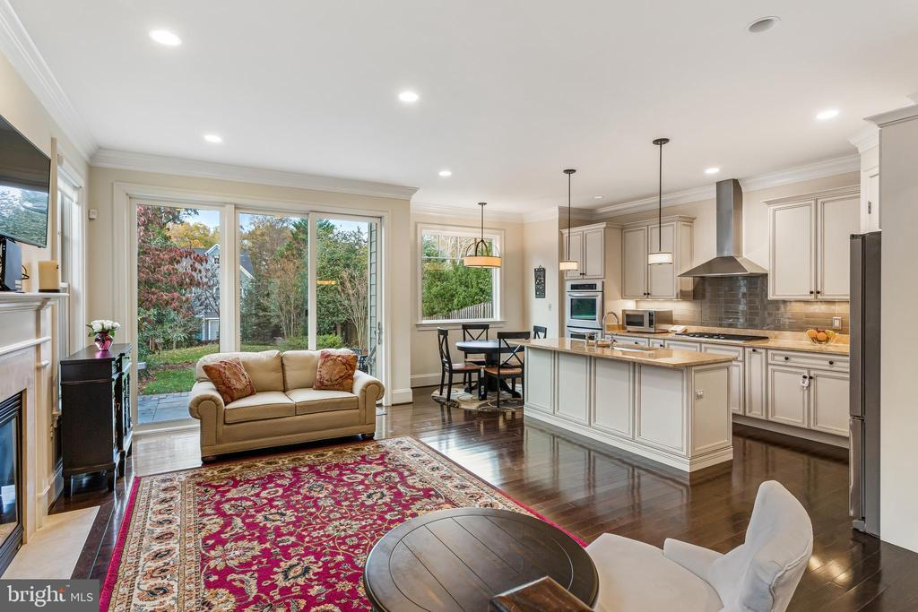 Open Kitchen to Family Room - 5119 CATHEDRAL AVE NW, WASHINGTON