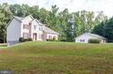 Almost 5 acres of country living . - 8100 LONG SHADOWS DR, FAIRFAX STATION