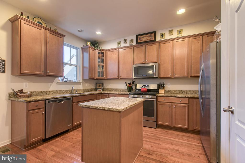 Kitchen - 104 GERMANNA WAY #12, STAFFORD