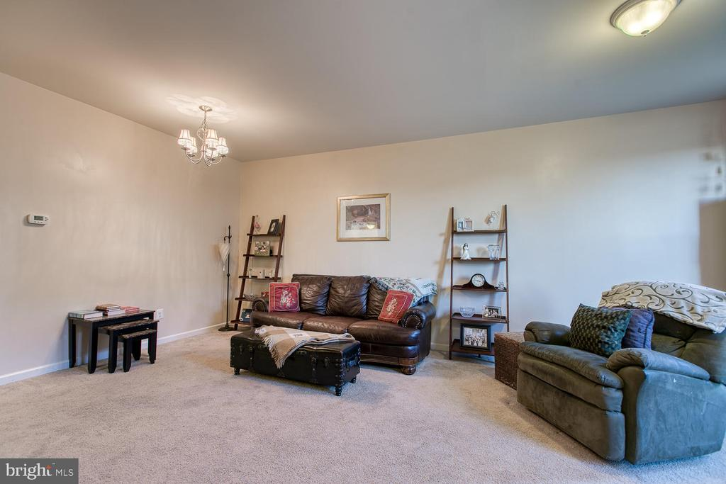 Family room - 104 GERMANNA WAY #12, STAFFORD