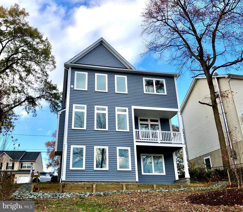 Single Family Homes için Satış at Glen Burnie, Maryland 21060 Amerika Birleşik Devletleri
