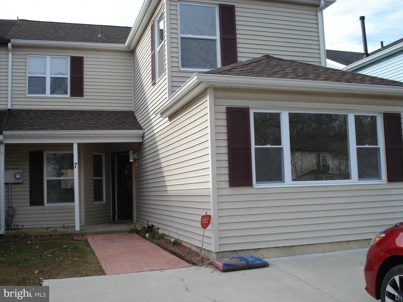 Single Family Homes pour l à louer à Sewell, New Jersey 08080 États-Unis