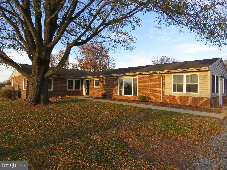 Single Family Homes 為 出售 在 Boston, 弗吉尼亞州 22713 美國