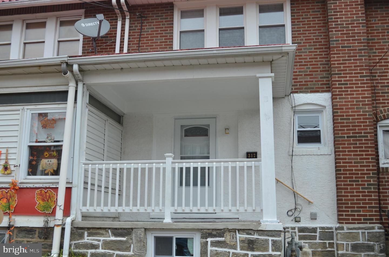 Single Family Homes للـ Sale في Collingdale, Pennsylvania 19023 United States