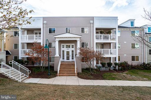 Property for sale at 4121 S Four Mile Run Dr #401, Arlington,  Virginia 22204