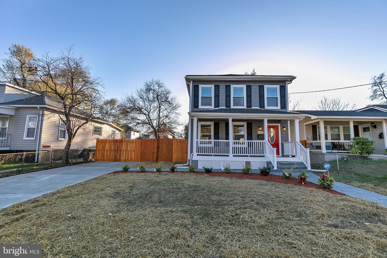 Property pour l Vente à North Brentwood, Maryland 20722 États-Unis