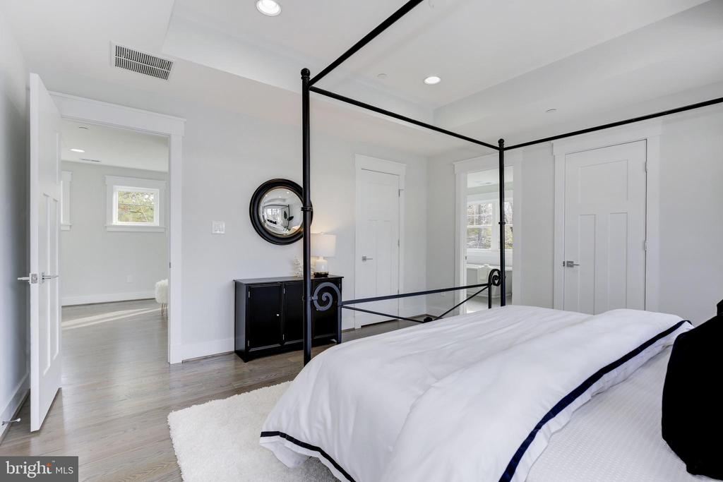 Master Bedroom - 3521 CUMMINGS LN, CHEVY CHASE