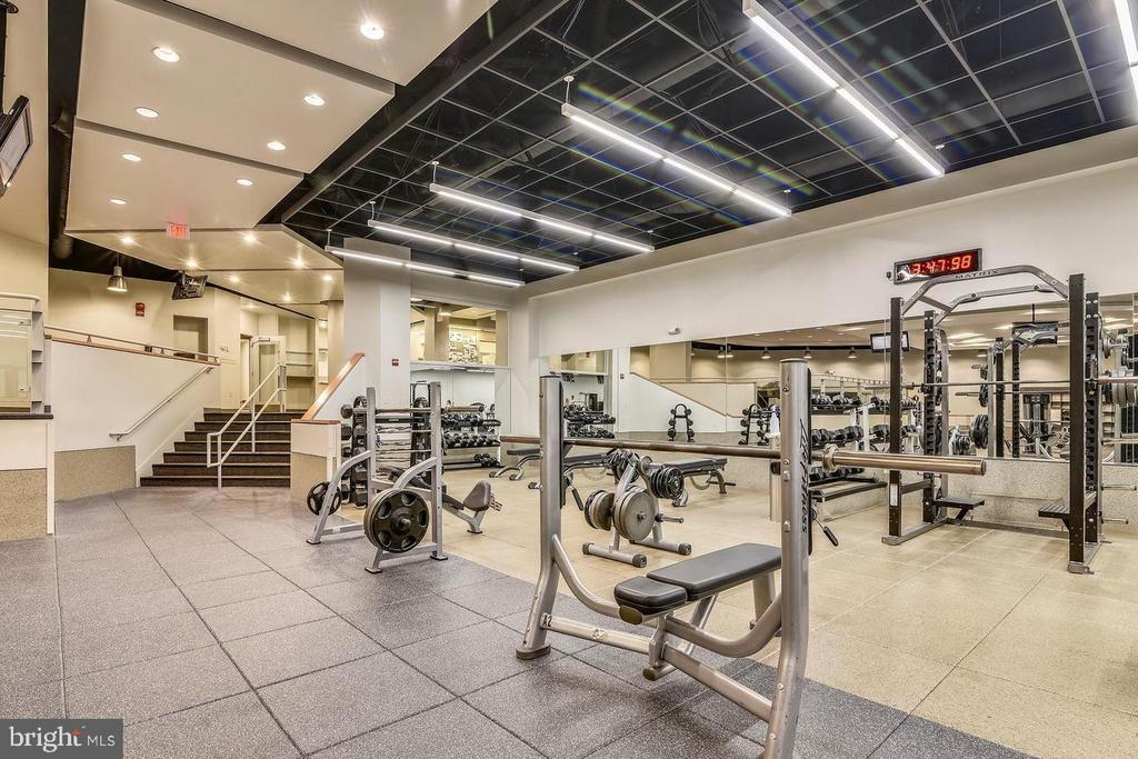 Fitness room - 1021 ARLINGTON BLVD #1044, ARLINGTON